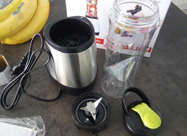 Smoothie mixér personal blender zostava