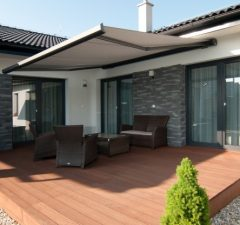 Markíza tienenie proti slnku na terase