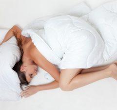 Posteľ , spánok a pohoda