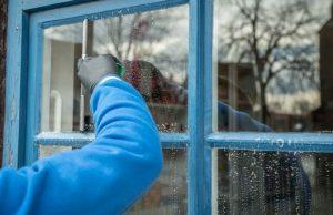 umývanie okna
