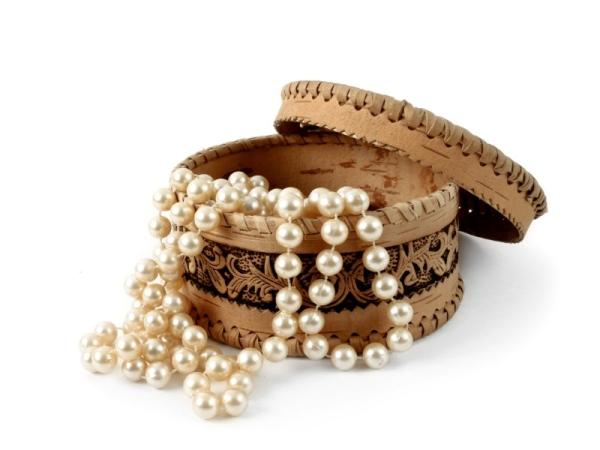 Šperky ako súčasť interiéru a dekorácie