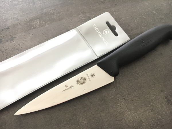 Victorinox 5.2003.12 kuchársky nôž