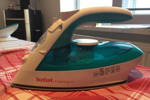 Tefal Freemove Air FV 6520 žehlička bez kábla, recenzia