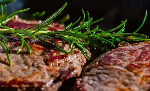 grilované mäso