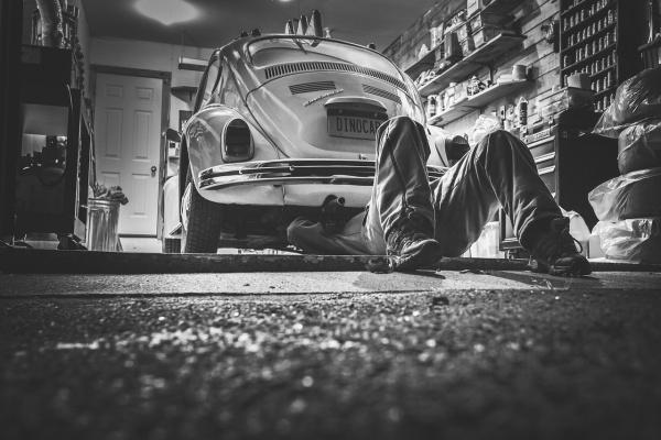 Garáž a motorizmus