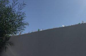 Sklenené črepy Tunisko