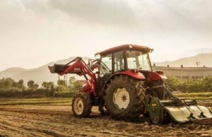 Branson traktor