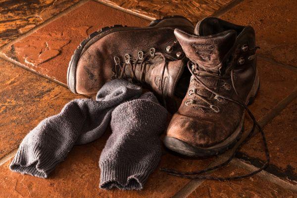 Obuv a topánky s ponožkami