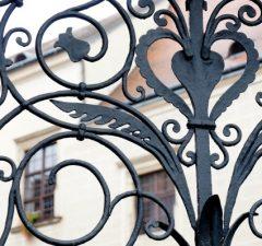 kovaná bránka