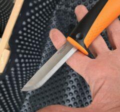 Fiskars univerzálny nôž Hardware rad