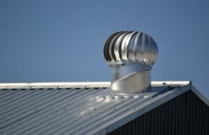 plechová strecha a pozinkovaný plech